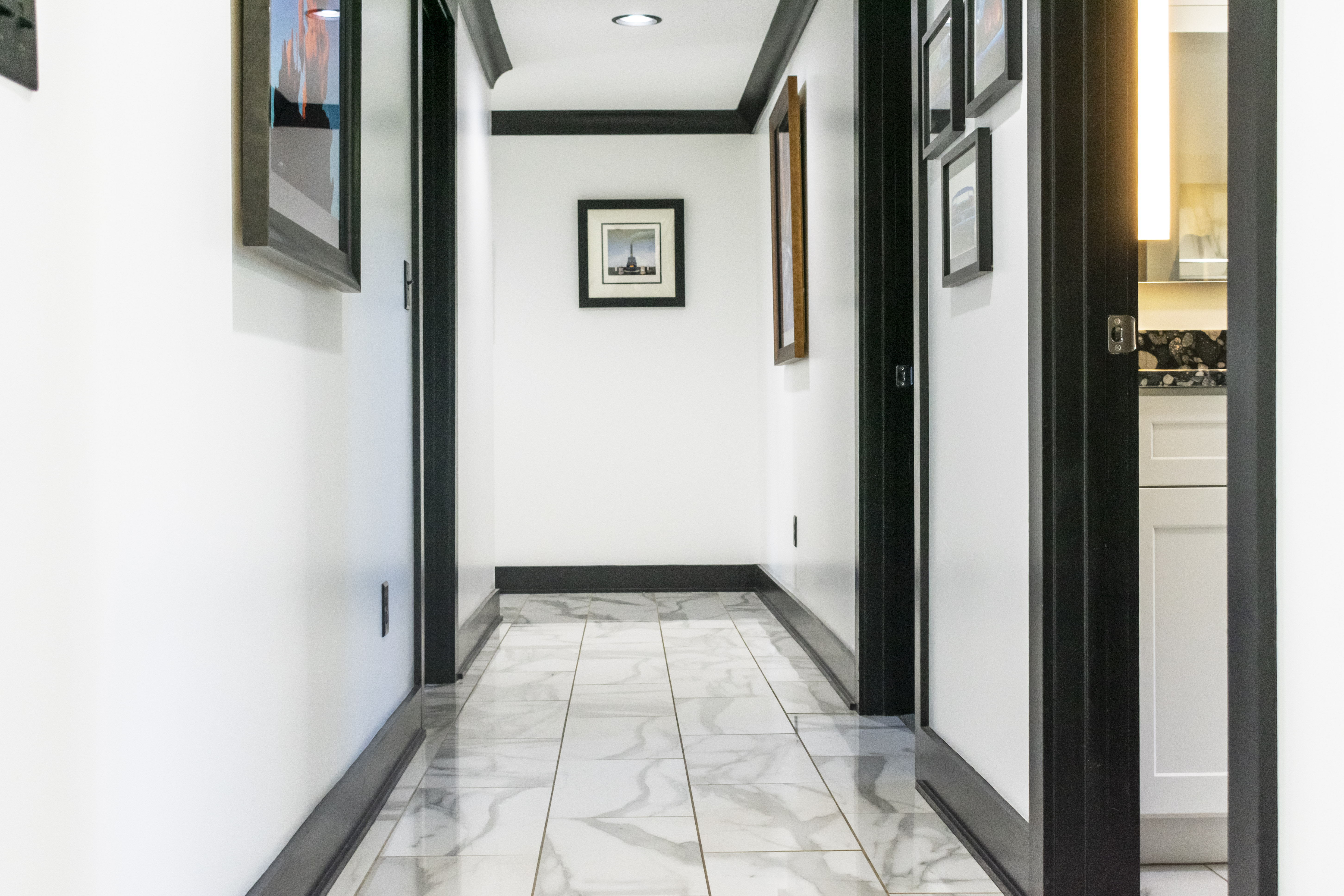 Custom marble floor tile for modern home